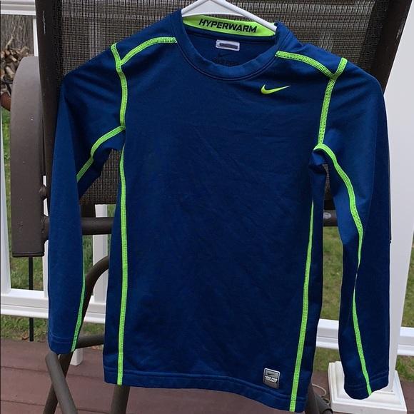 Nike Hyperwarm Top